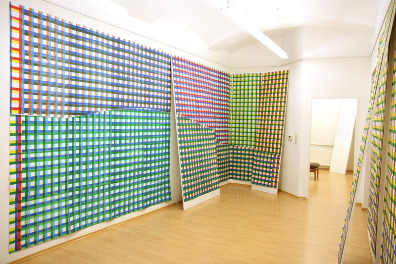 Raumansicht 115-teilige Zeichnug, a 50 x 70 cm Acrylmarker auf Bristolkarton